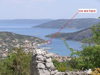 Holiday in Croatia, holiday in Trogir, privatni smjestaj Trogir,  - Villa Carmen location in Vinisce