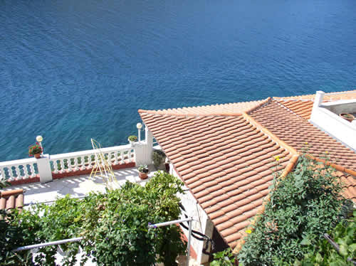 Accommodation trogir dalamatia, view on sea