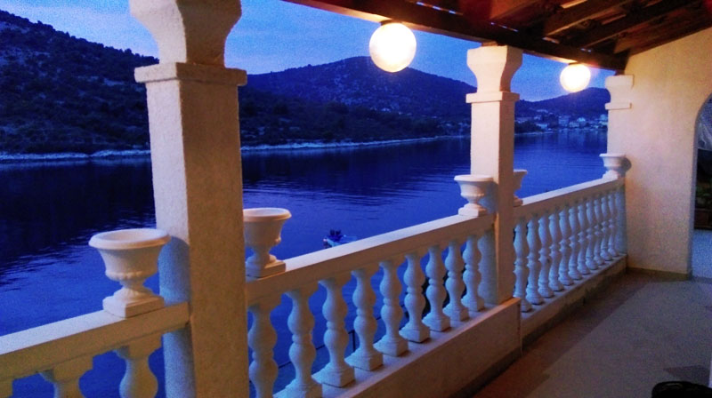 Accommodation near Trogir Dalmatia Croatia - Villa Carmen holiday house